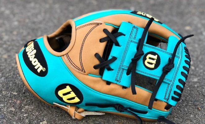 break in baseball gloves